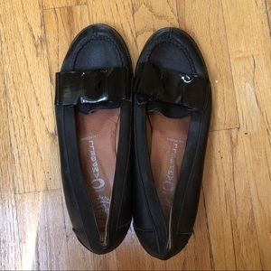 Jeffrey Campbell Bow Loafers Size 9